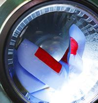 「ケアメンテ」の水系洗浄はクリーニングの水洗いとは本質的に違います
