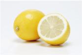 ⑤ニオイ防止にひと役!『レモン』と一緒にお洗濯
